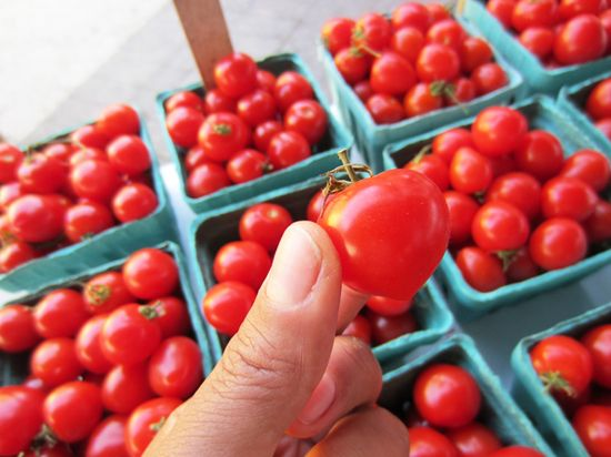 2 Tomatoes 2